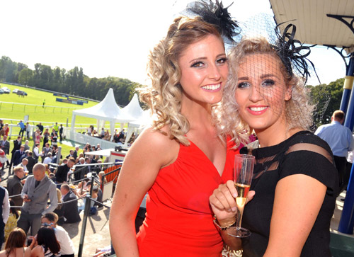 Dress to Impress in Hospitality at Ayr Raceourse